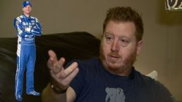 Dale Earnhardt Jr. Helps Stranded Driver in Snow