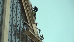 Scaffold Workers Rescued From 200 Feet in Air