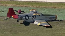 P-51 Mustang Pilot Makes Emergency Landing in Dallas