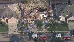 Waxahachie House Explodes, Several Injured