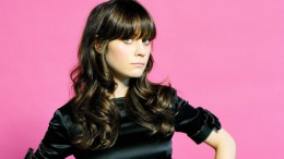 Zooey Deschanel Talks Golden Globe Nominations