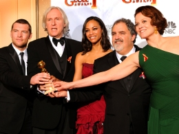 "The Golden Globes in Photos: ""Avatar"" Wins Big"