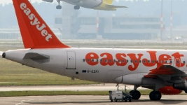 London Flight Delayed 1 Hour Over Crew Argument