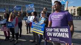 Court Blocks Immediate Abortion for Undocumented Teen