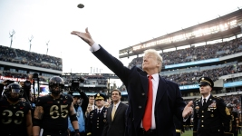Trump Is 10th Sitting President to Attend Army-Navy Game