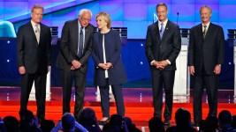 Clinton, Sanders Spar Over Liberal Policy at Dem. Debate