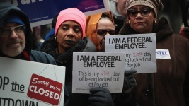 Companies Offer Assistance to Federal Workers Impacted by Shutdown