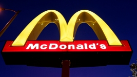 McDonald's to Use Chicken Without Certain Antibiotics