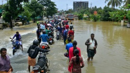 Thousands Stranded as Floods Submerge Southern Indian State