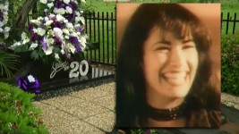 Texans Celebrate Selena 20 Years After Her Death
