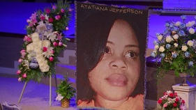 Atatiana Jefferson's Father Dies, Weeks After Daughter's Death