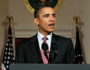 Obama Weighs in on NFL Labor Negotiations