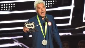 VMAs: Fallon's Lochte Impersonation Has Phelps in Stitches