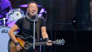 Springsteen Invites Aggie to Accompany Him in Concert