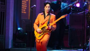 Radio Stations To Play Special Prince Song Wednesday
