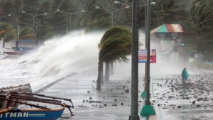 Raw Video: Typhoon Slams Philippines