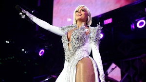 Designers Stand Up for Bebe Rexha After Grammys Dress Snub