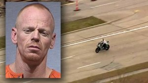 Raw: Motorcycle Chase in Dallas County