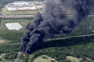 Tire Fire Producing Large Smoke Plume in Grand Prairie