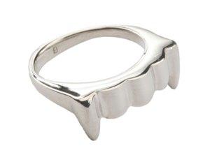 Fangtastic Ring