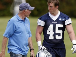 Sean Lee, Gerald Sensabaugh Pass Post-Concussion Tests