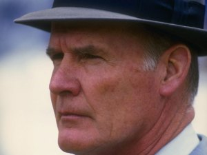 Tom Landry Named 18th Greatest Coach