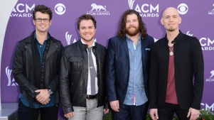 Eli Young Band's Tour Bus Destroyed by Fire; Band Not on Bus