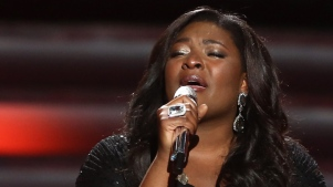 "Candice Glover Wins ""Idol"" Season 12"