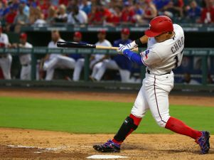 Odor Hits 2 HRs as Rangers Rally for 17-7 Win Over White Sox