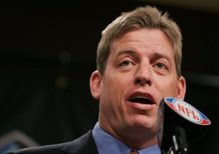 Aikman Speaks Against QB Coddling
