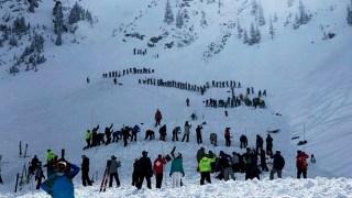 Top News Pics: Avalanche Kills Skier at New Mexico Ski Resor