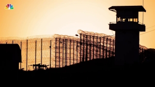 [NATL] Chief of Federal Prisons Removed After Epstein's Death