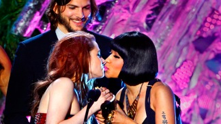 MTV Movie Awards: Hot Kisses, Mischief and Winners