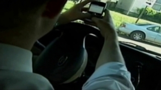 Arlington Bans Texting While Driving