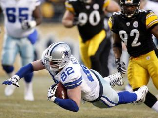 Steelers Bedroom Surprise for Witten