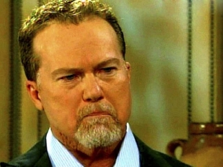 McGwire Tears-Up During Steroid Admission