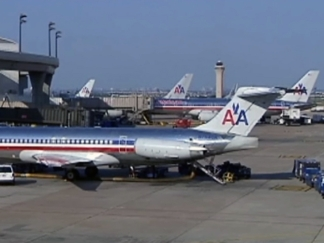 AA, Flight Attendants End Talks With No Deal