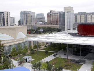 Dallas Opens $354M Performing Arts Center