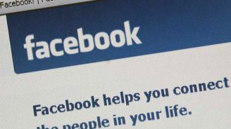 Police: Wife Hit for Not 'Liking' FB Status
