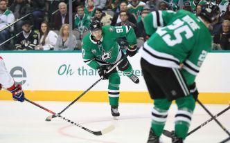 Seguin's Hat Trick Lifts Stars Over Flames