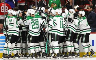 Janmark Scores Twice as Stars Beat Blackhawks 4-3 in OT