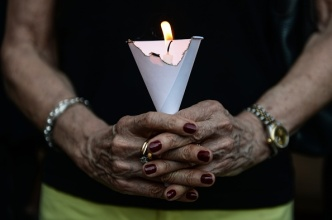 Hundreds Attend Vigils for 2 Texans Killed in Nice, France