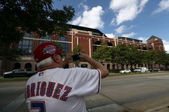 Heat of the Moment: Rangers Say Adios to Globe Life Park
