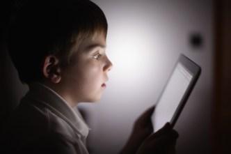 Pediatrics Group Lifts 'No Screens Under 2' Rule