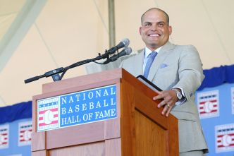 Dreams Become Reality for 'Pudge' Rodriguez, Jeff Bagwell