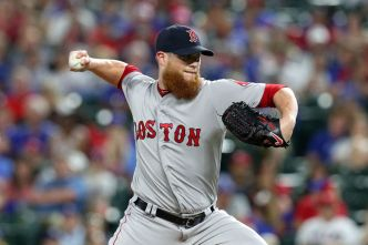 Kimbrel Quickest to 300 Saves as Red Sox Rally at Texas