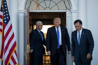 Trump Aide Steps Up Bid to Block Possible Romney Nomination
