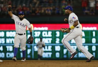 Rangers Outlast Angels 10-9, Move up in AL Wild-Card Race