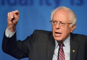 Sanders Backers Keeping Eye on Clinton's College-Ed Plans