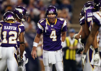 Favre Concerned Over Slow Finish